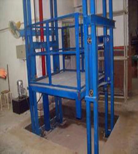 简易导轨式升降货梯